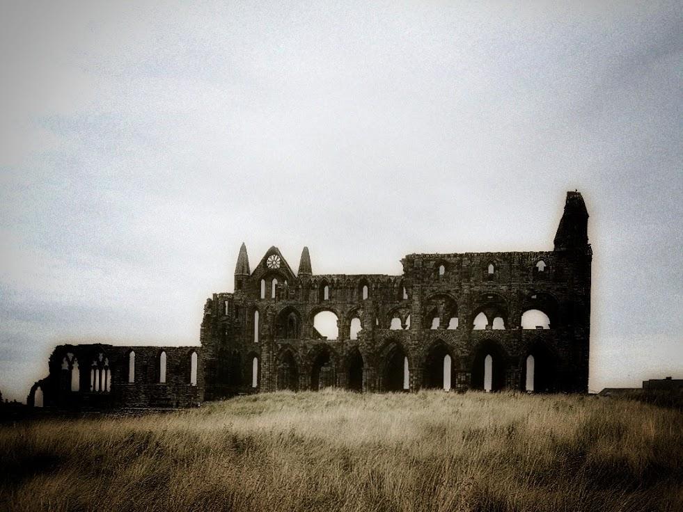 Whitby-abbey-01.jpeg