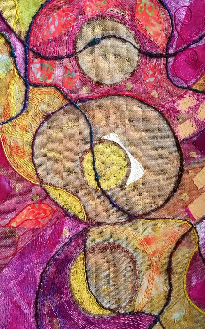 going round in circles - well, stitching in circles...and visiting a few...