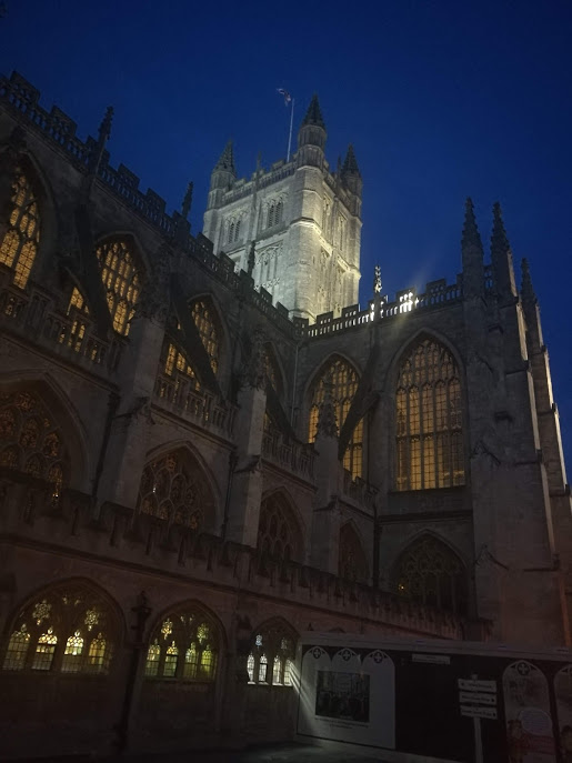 Bath Abbey at night…