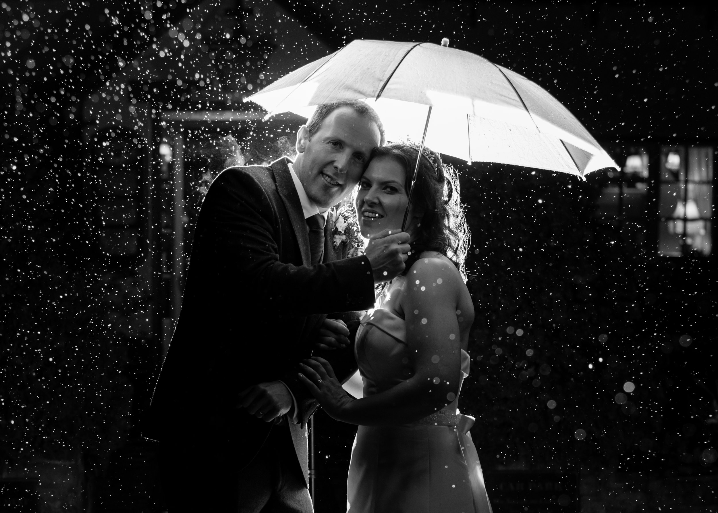 Rain at a wedding - Cheshire wedding photographer