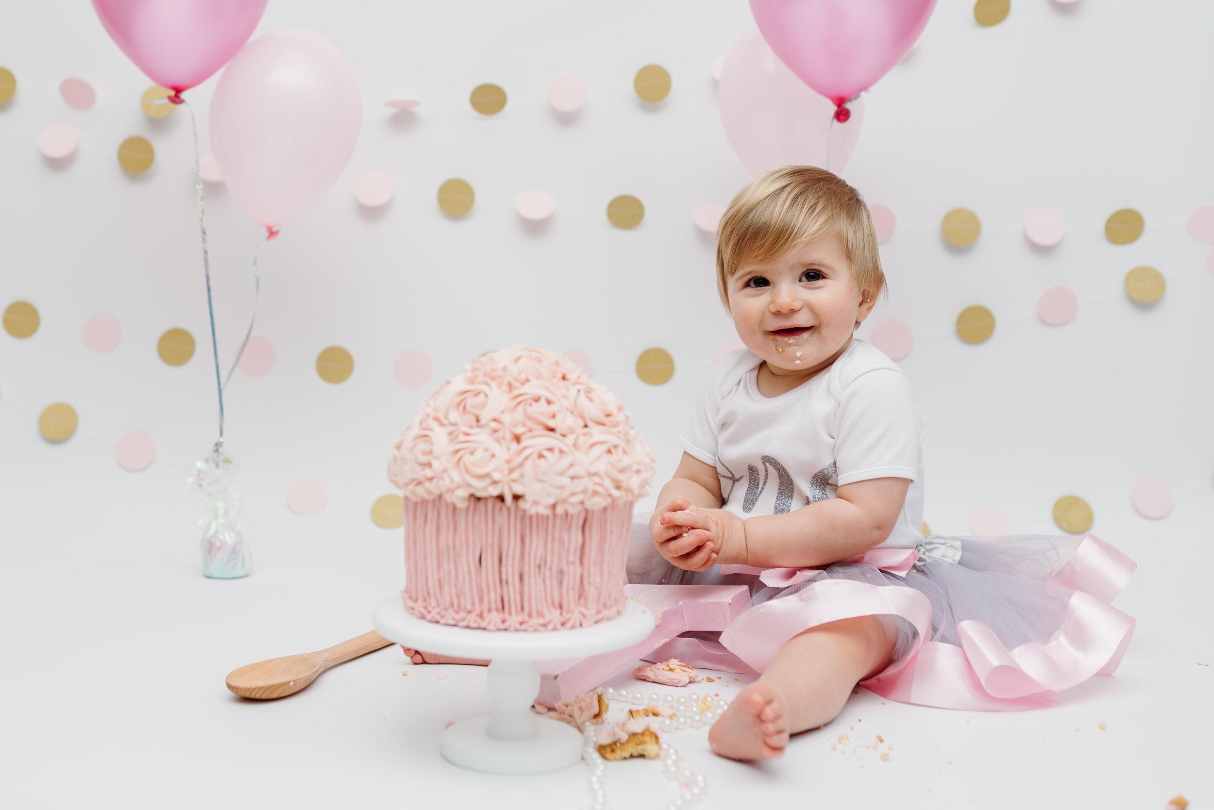 turning 1 year old - cake smash