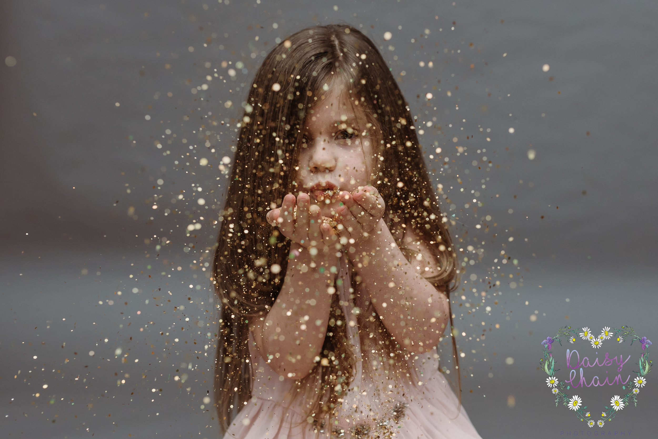 Lancashire family photographer - glitter
