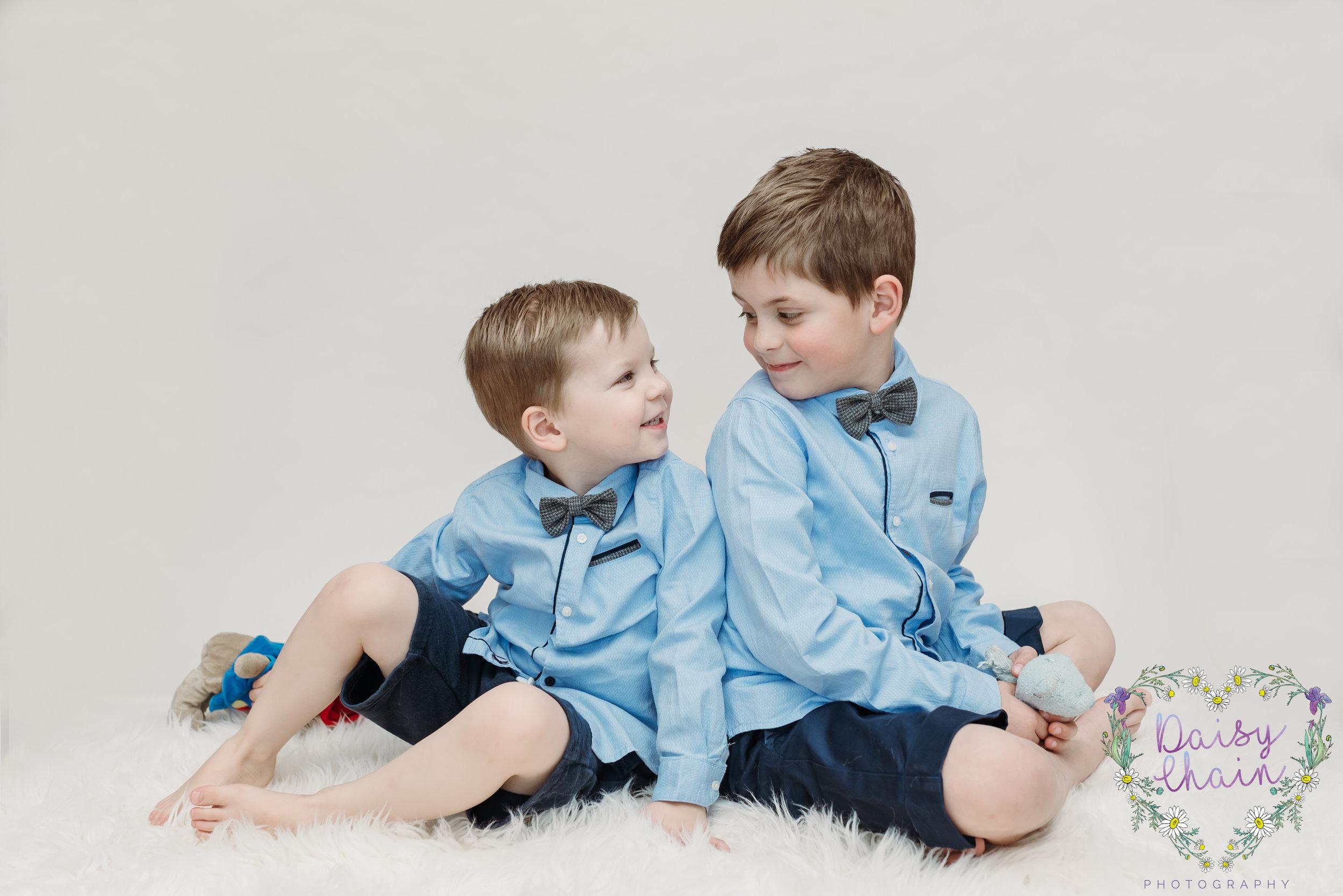 Brothers, siblings photo shoot