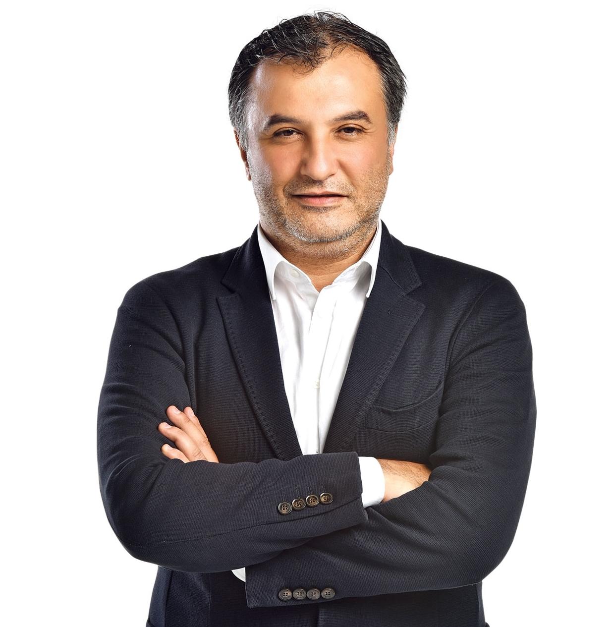 Mehmet AYAN - Lig Radyo Genel Yayın YönetmeniTelevizyoncuGazeteciKonuşma Başlığı: İletişimin Geri Dönüşü Yoktur!