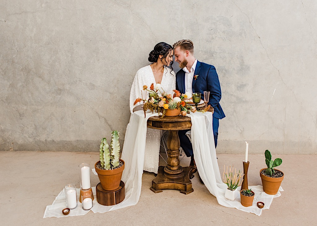 Desert Wedding Photos, Desert Wedding Photography, Desert Wedding Photoshoot, Desert Wedding Photo Ideas, Desert Elopement Arizona, Desert Elopement, Arizona Elopement Photography