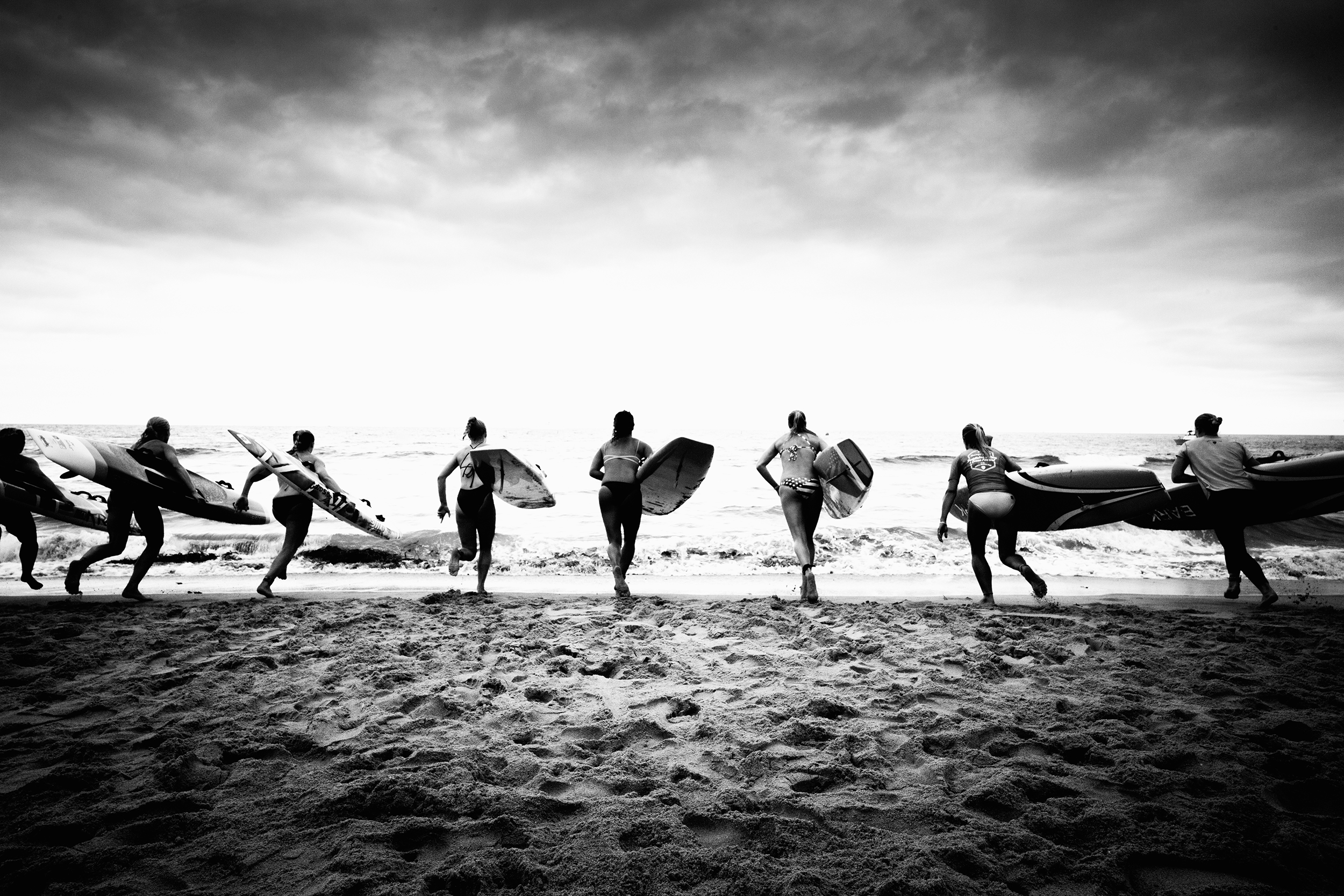 MarkT_untitled_surfers.jpg