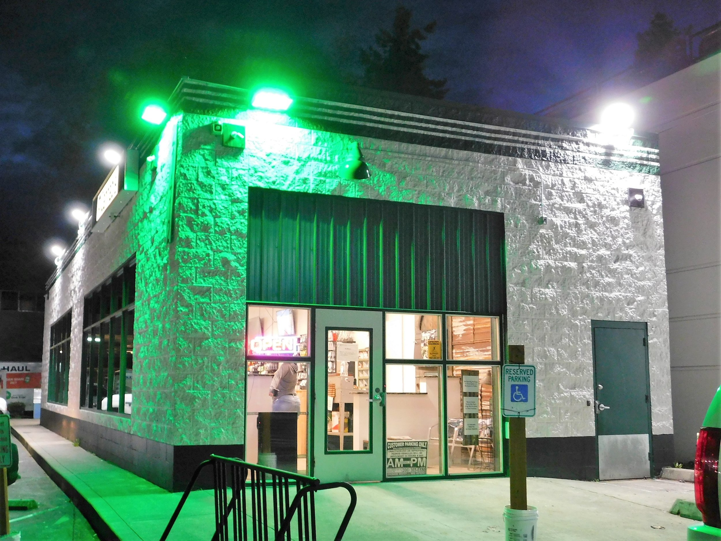 Green Collar North I-502 Retail - City of Edmonds, I-502 Retail Store
