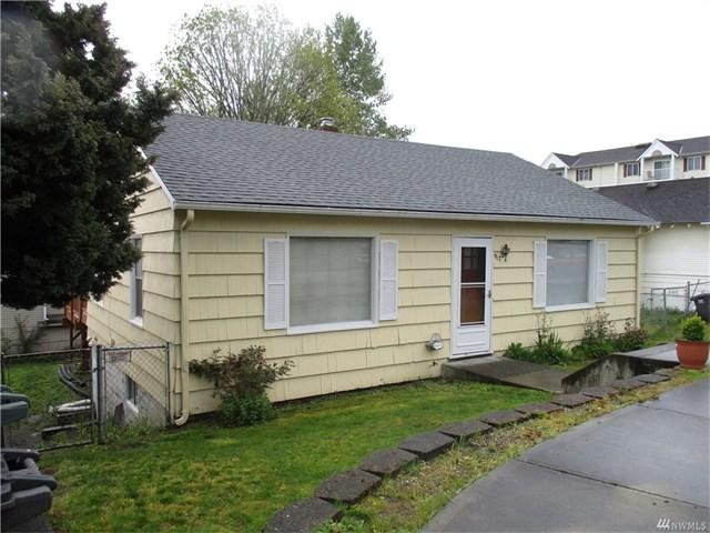Everett Rental Home - 917 E Marine View Dr, Everett WA 98201