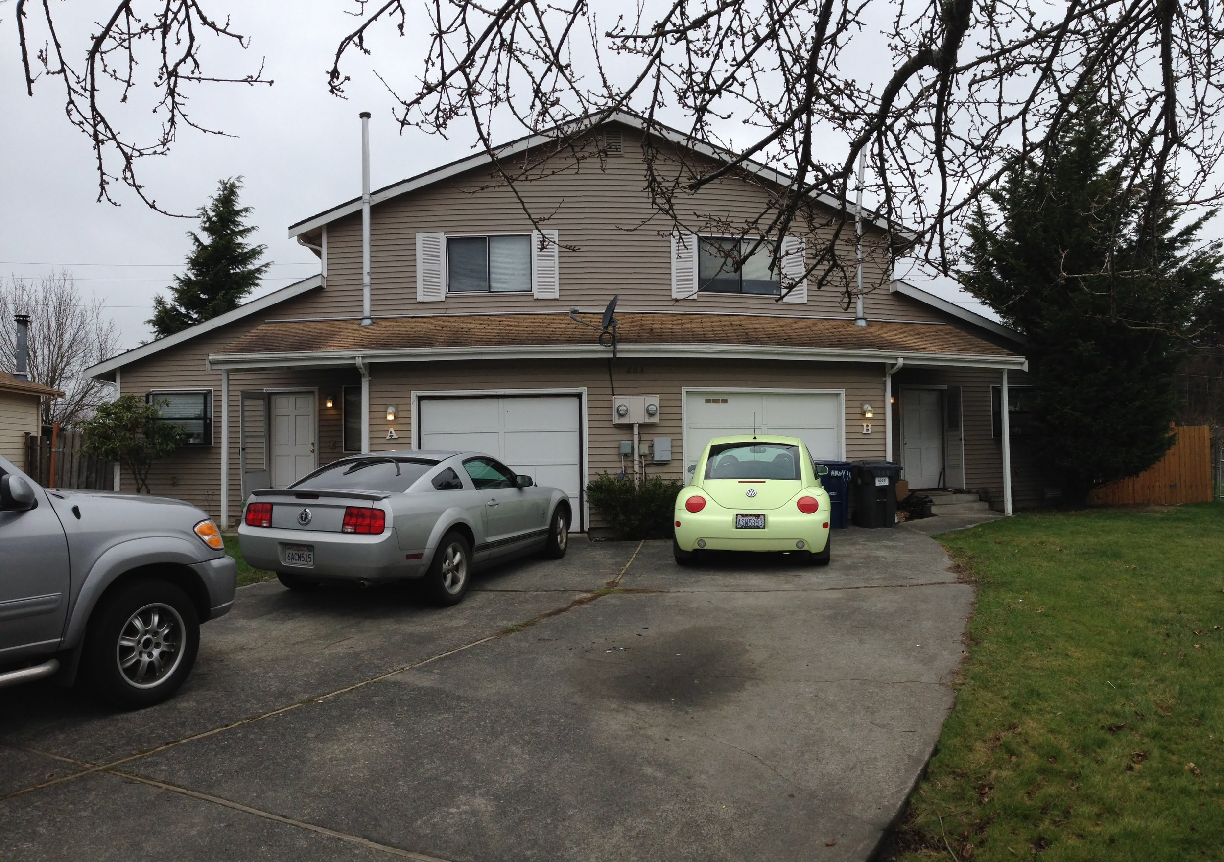 Mount Vernon Duplex - 803 S 22nd Pl, Mount Vernon WA 98274