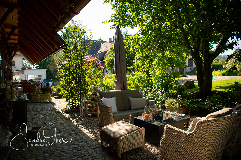 166__D042103_Gartenfenster-Sommerfest.jpg