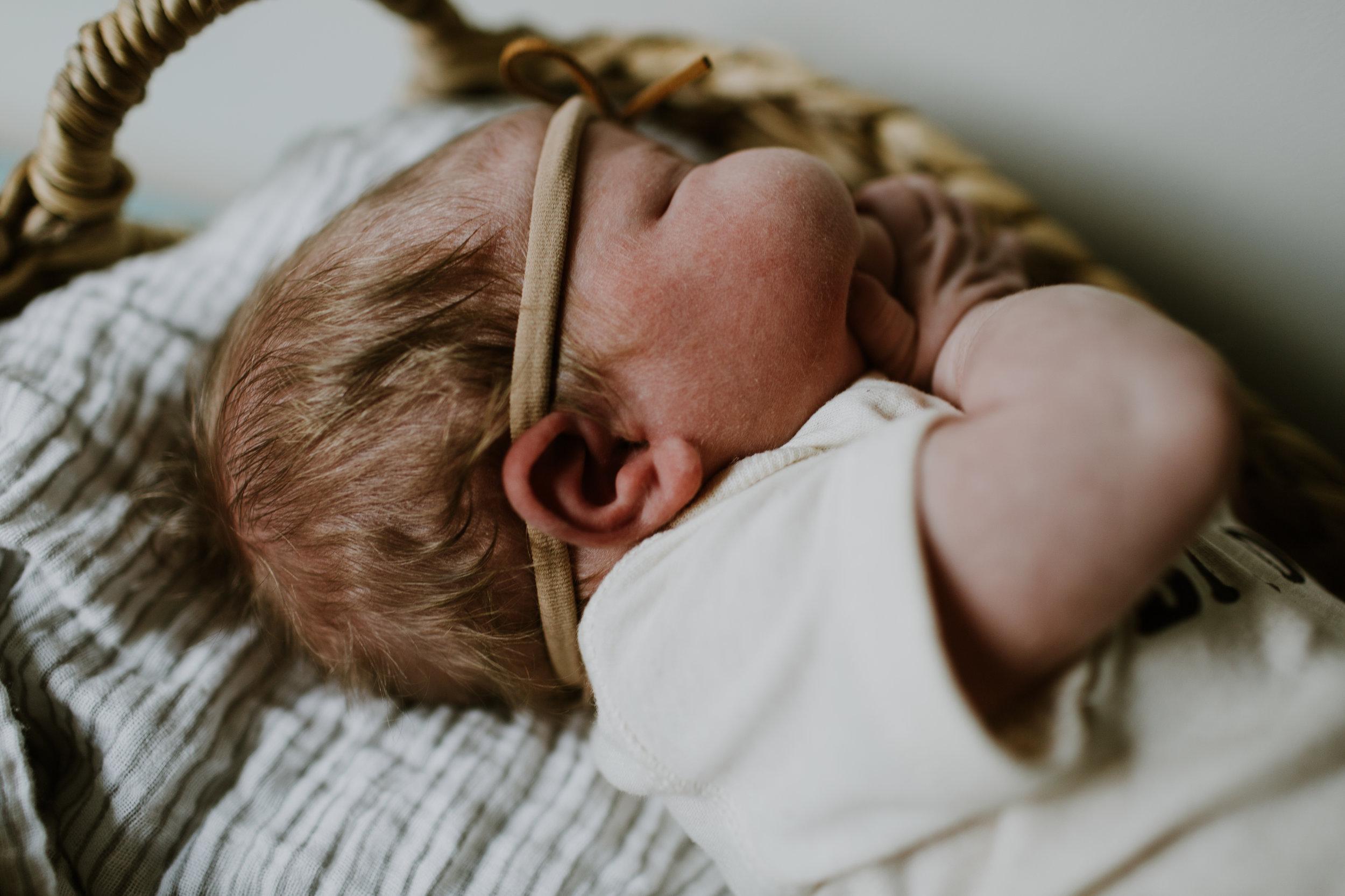 Juni Newborn (4 of 10).jpg