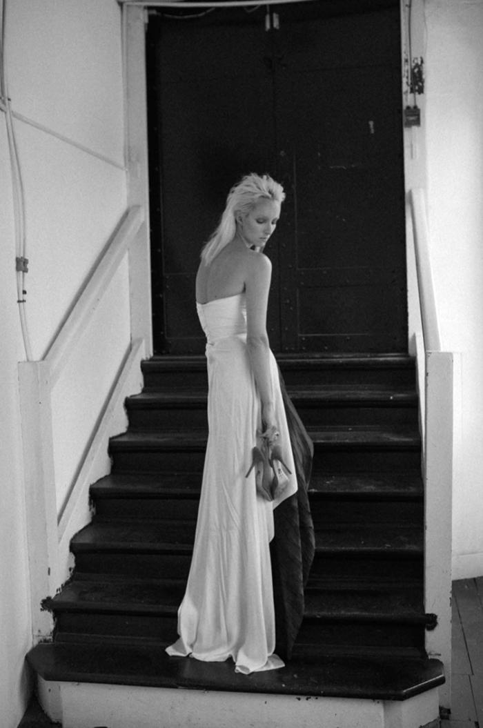 Dress: Vionnet / Ring: Gucci / Shoes: Paul Andrew