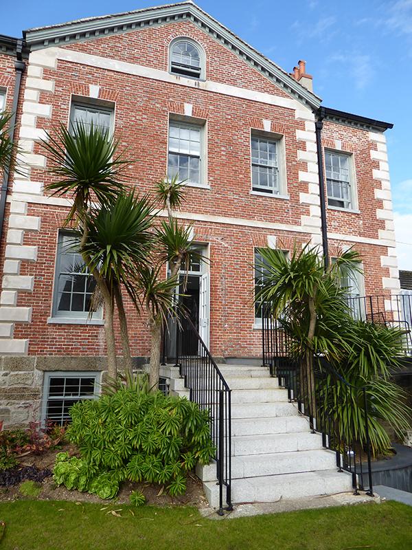 - Chapel House PZChapel Street, Penzance, Cornwall, TR18 4AQCall 07810 020 617 or 01736 362 024Email hello@chapelhousepz.co.ukchapelhousepz.co.ukFrom £150 per night, B&B