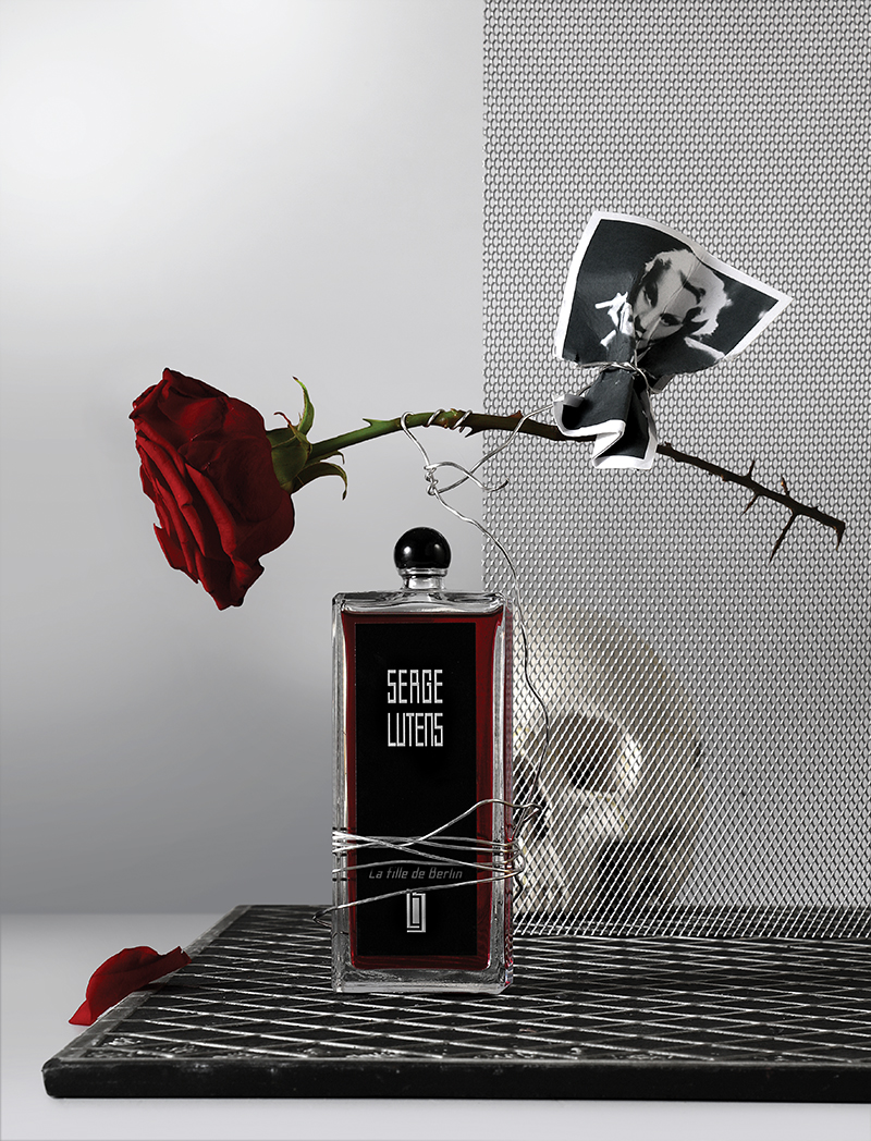 La fille de Berlin    This fragrance centres on a rose with a difference: a very thorny, furious, spicy complex rose note. Powdery and extremely persistent.