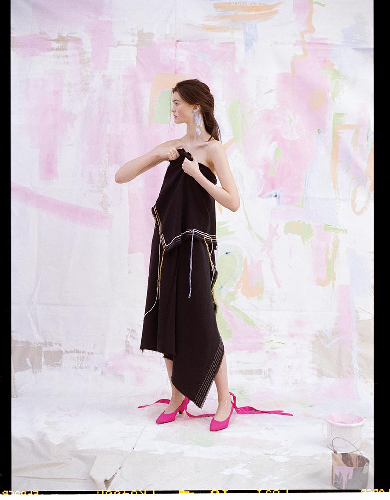 Dress: Pringle / Shoes:  Manolo Blahnik