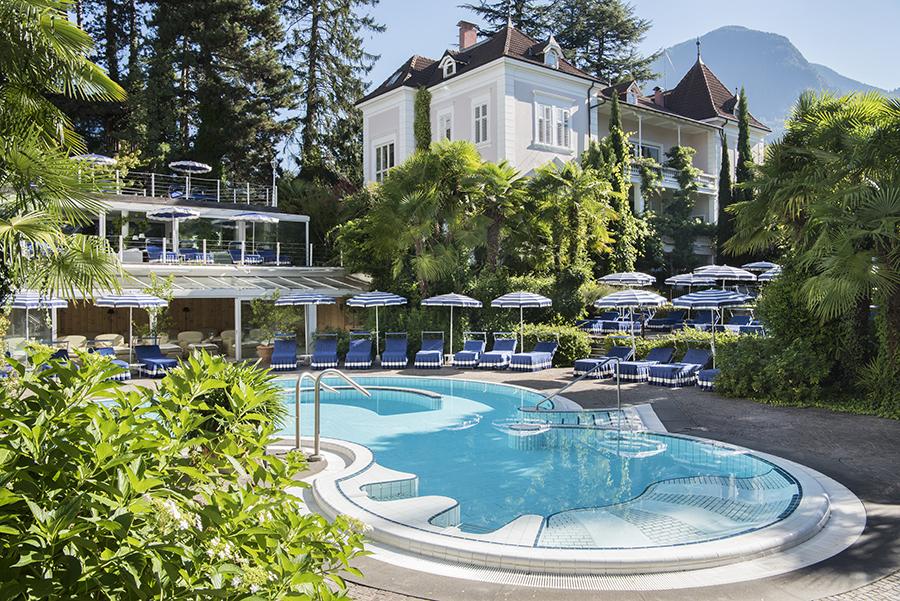 Meisters Hotel Irma_Außenpool 4.jpg