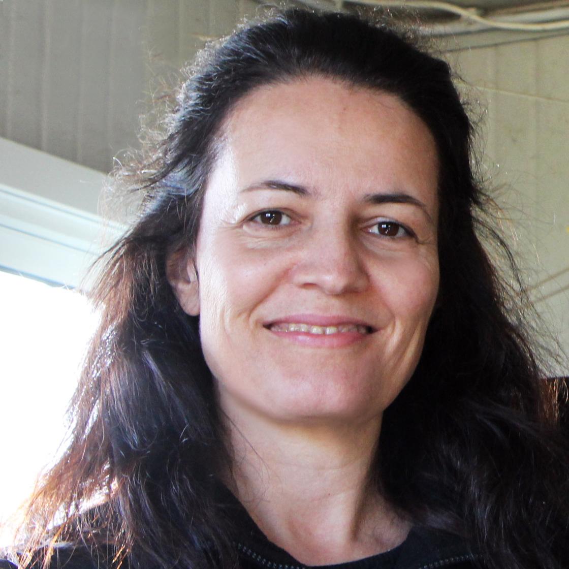 Laura Olalde - Laura Olalde.jpg
