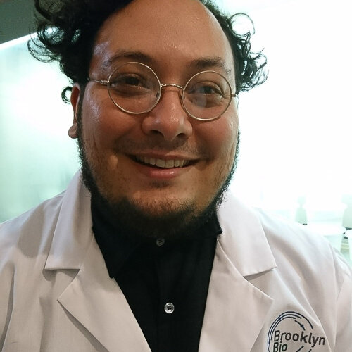 Blacki Migliozzi    Biotech Without Borders    The New York Times, Brooklyn