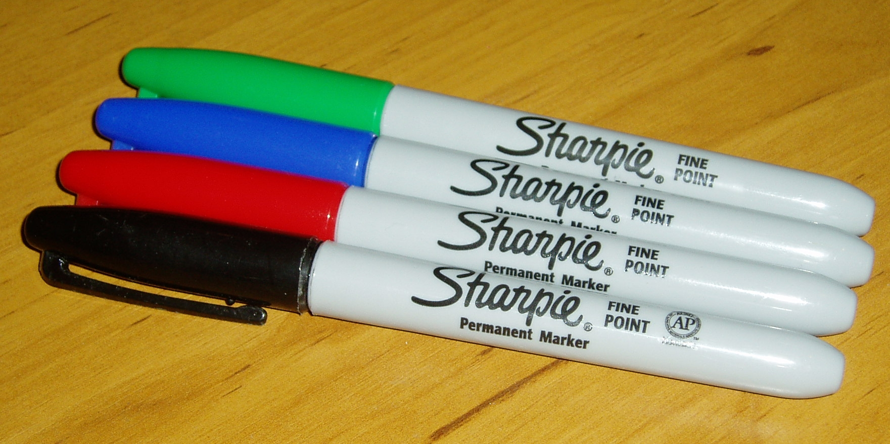 Coloured_sharpie_markers.jpg