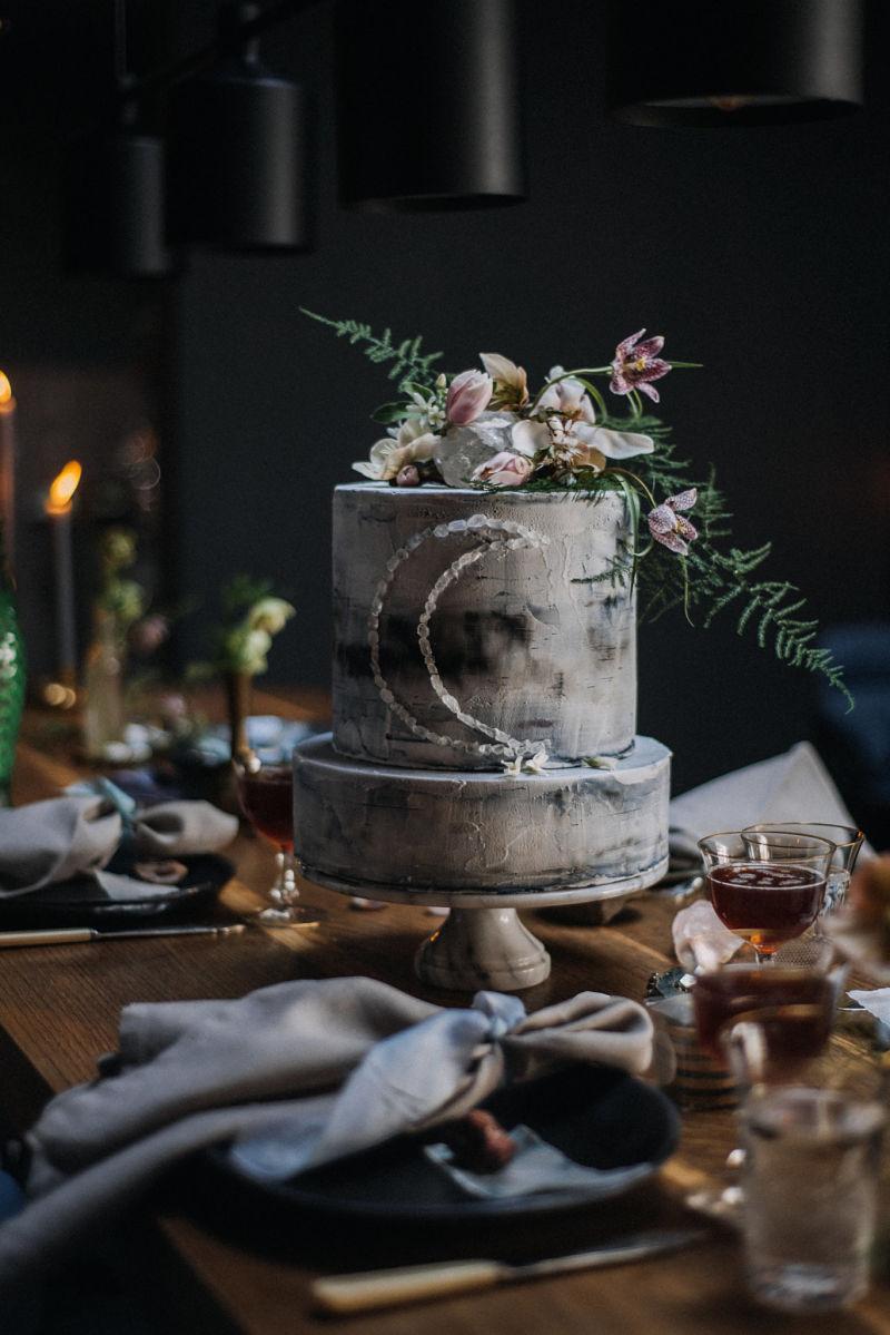 hochzeitstorte_hochzeit_heiraten_torte_weddingcake_osnabrück_astronomie_celestial.jpg
