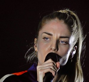 LONDON GRAMMAR, MOORE PARK 21/09/2017 -  HELL TO THE LIARS