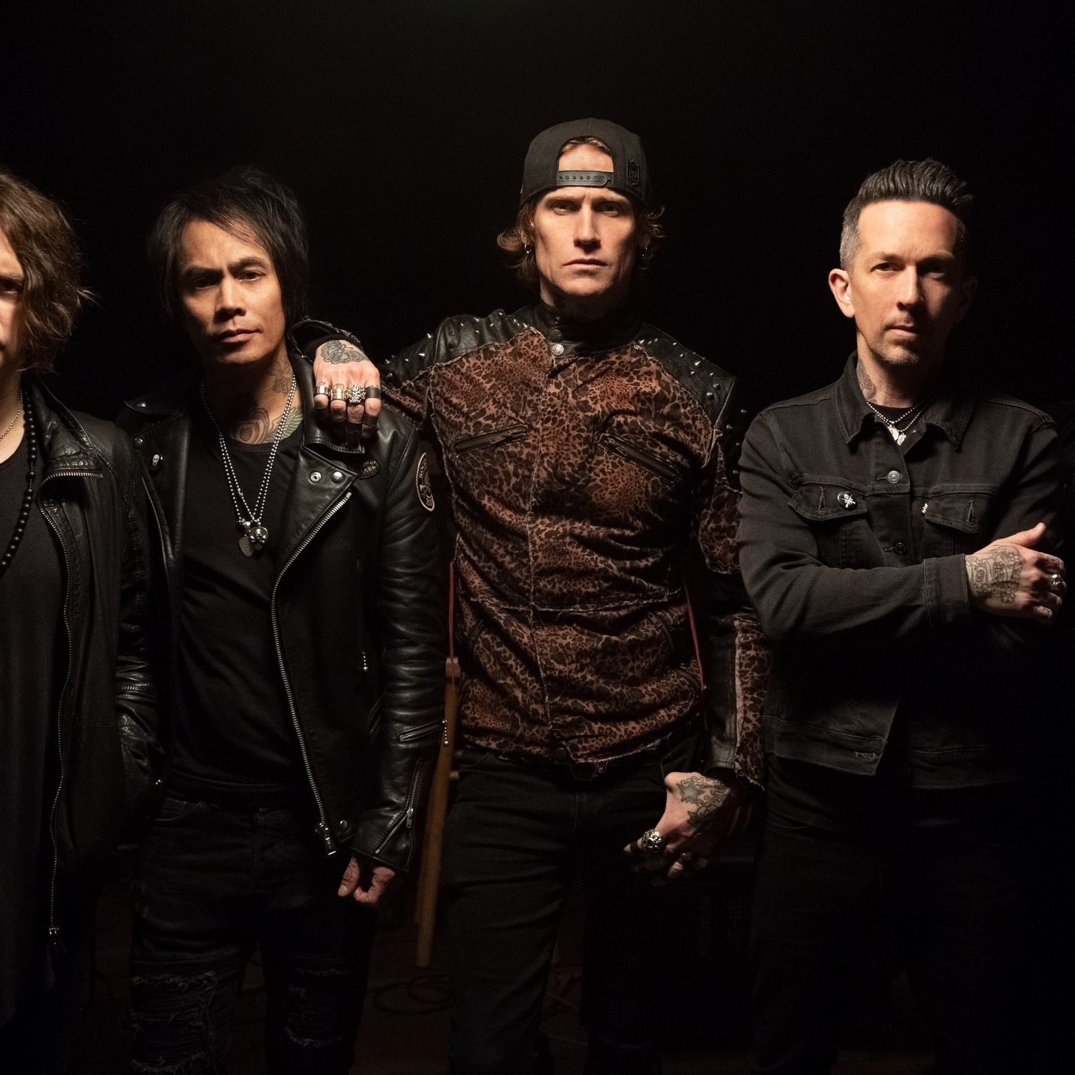 BUCKCHERRY, 21/05/2019 -  NOTHING BUT A COWBOY HAT AND BOOTS!