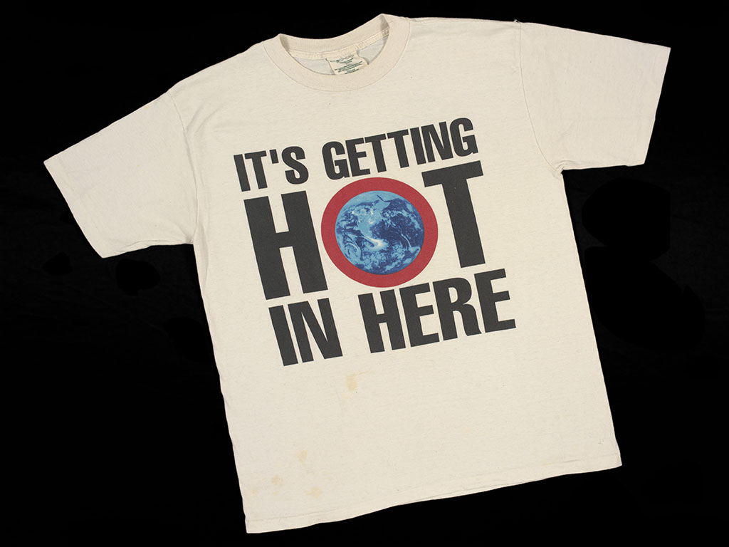 Greenpeace printed cotton t-shirt, Britain, 1990s, © Victoria and Albert Museum, London