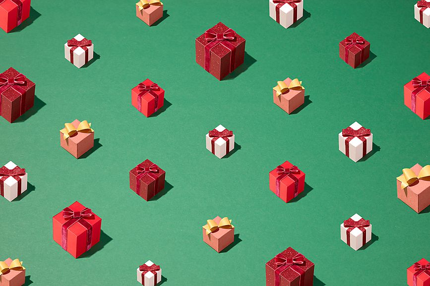 Five Easy Unisex Gifts That Do Good.jpg