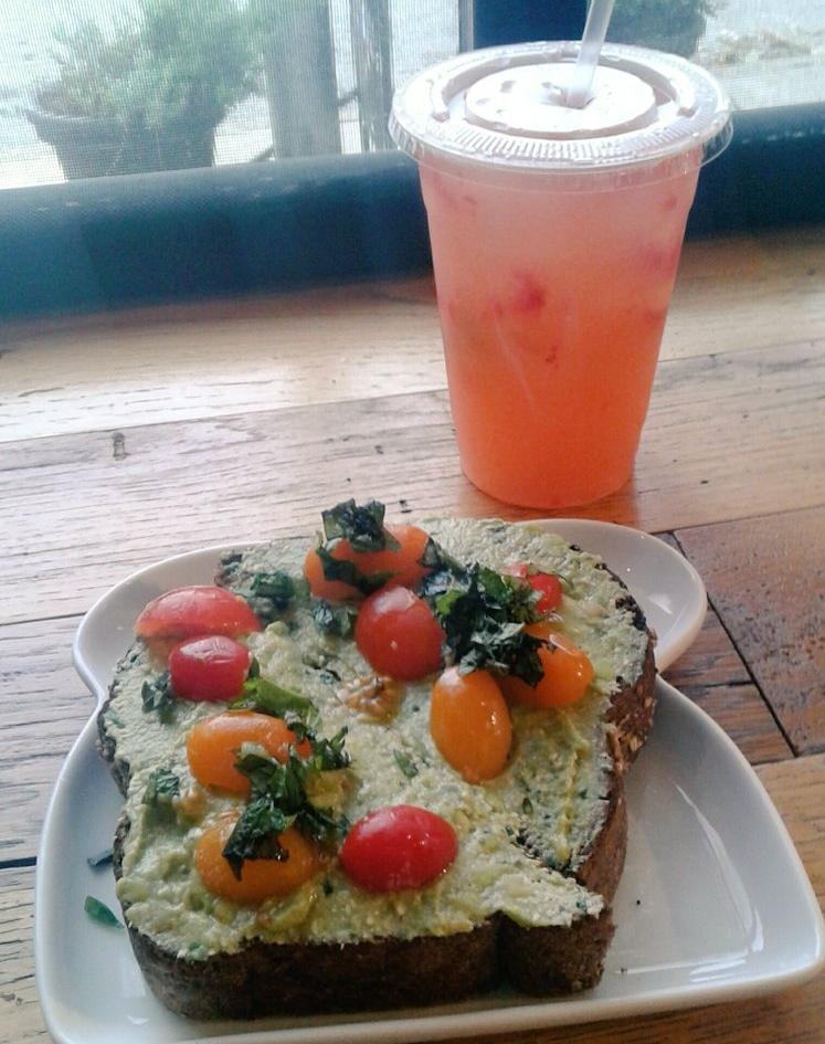 Avocado Mash with Herbed Tofu Toast ($5.50) and Strawberry-Basil Lemonade ($3.75)
