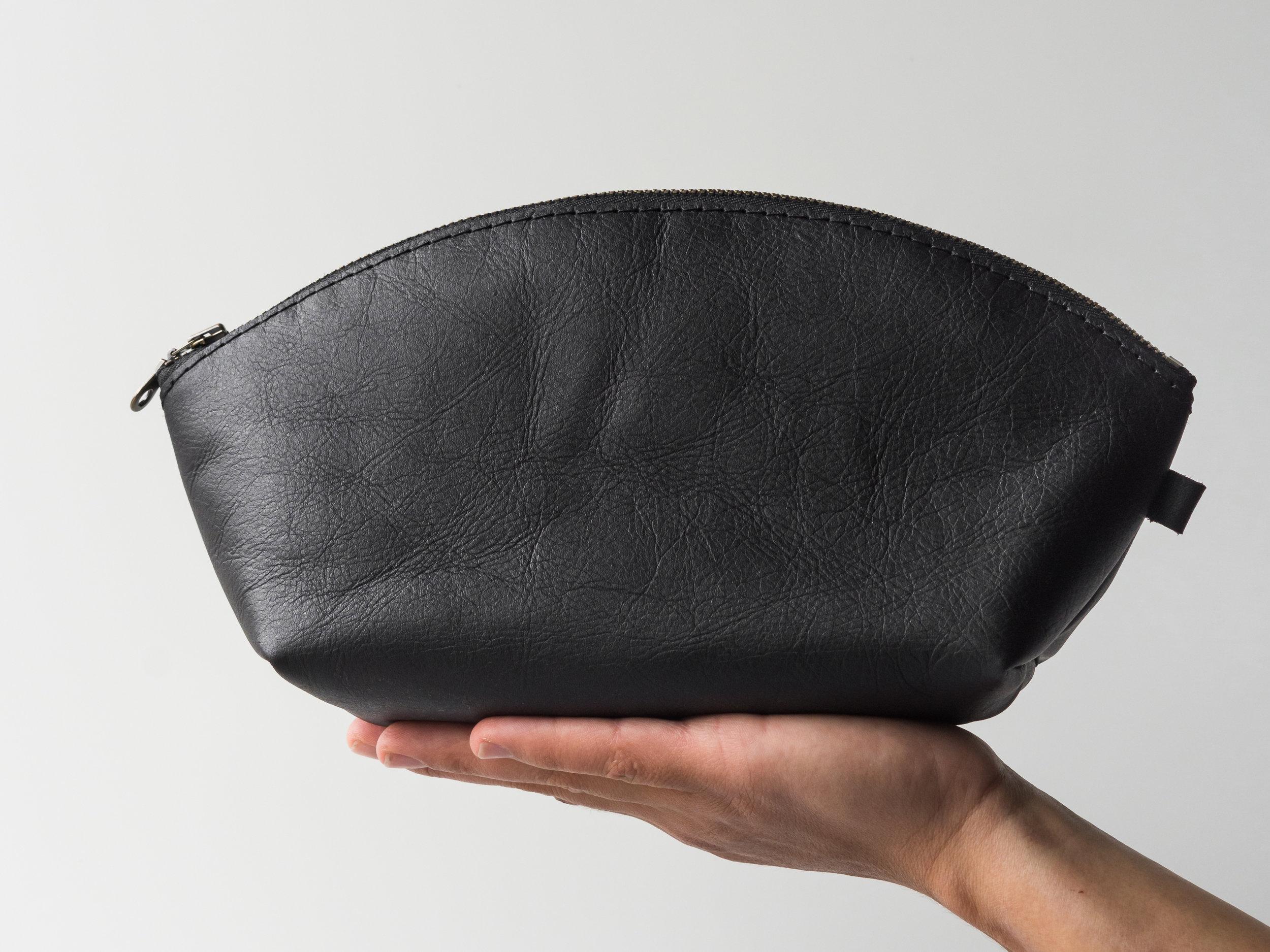 black dumpling pouch.jpg