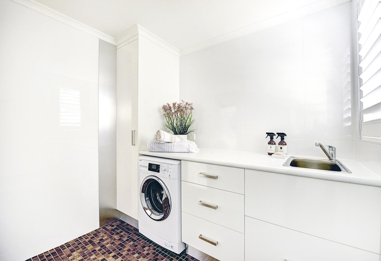 Interior-Design-Laundry-Coffs-Harbour-Alexandra-Marie-Interiors-17.jpg