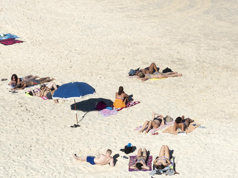 Alexandra-Marie-Interiors-Beach-Prints-Photography-Bondi-Sydney-01.jpg