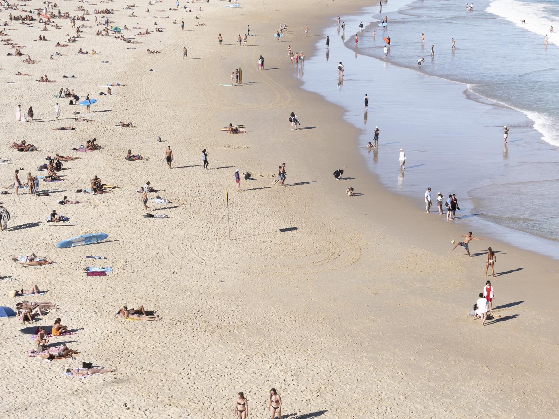 Alexandra-Marie-Interiors-Photography-Beach-Scenes-BondiBeach-Sydney-BeachCulture-Summer-13.jpg