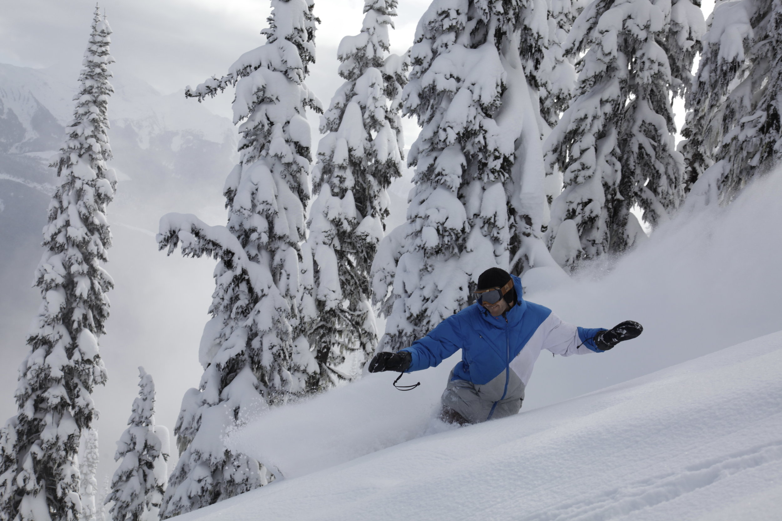 Eagle Pass Heli Skiing, BC, Canada. Rider: Simon Favier CHASEWINTER/SPENCER FRANCEY