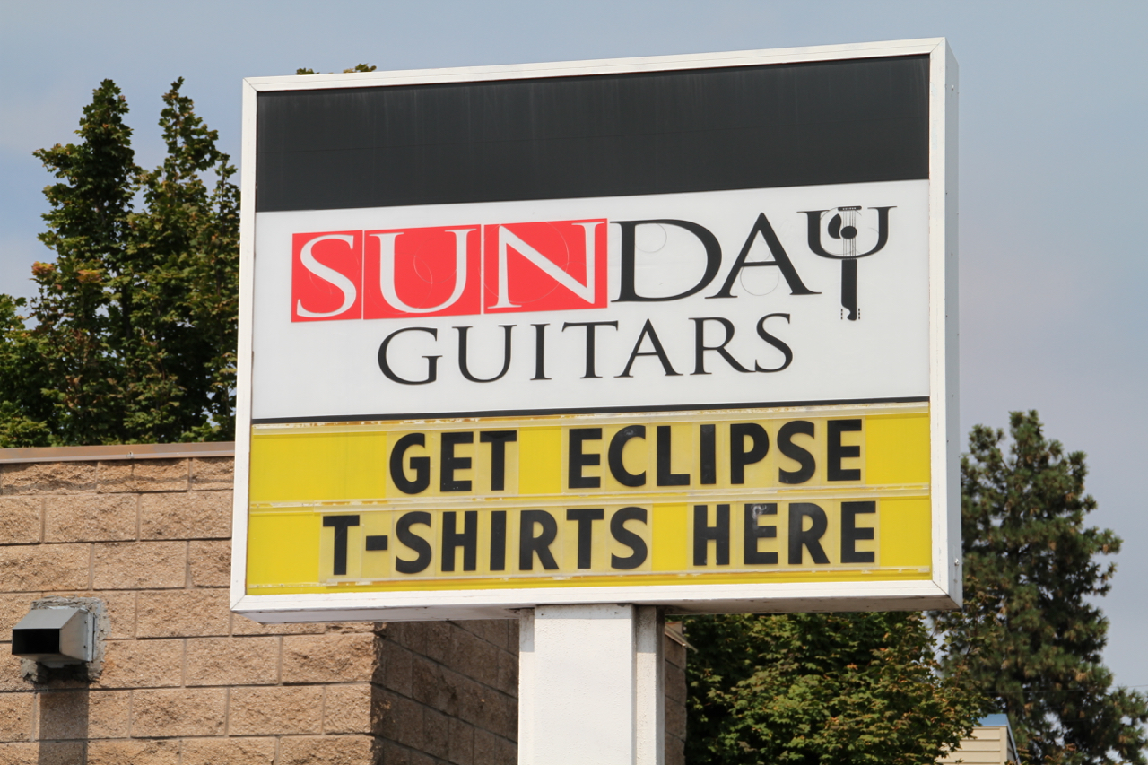 Guitars and Eclipse gear in one stop shop.