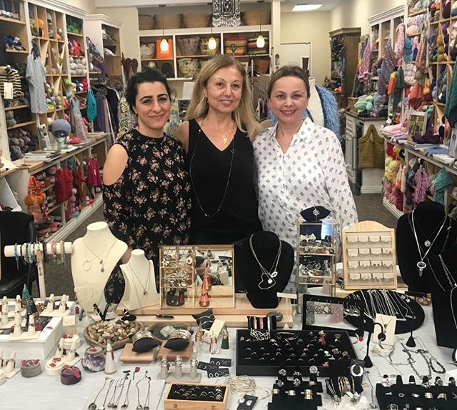 After very successful weekend... thank you @zoesknitstudio for wonderful hospitality and having us for show at your place! #trunkshow #jewelryshow #jewelry
