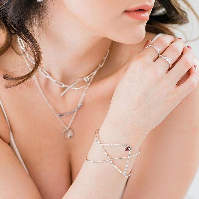 Pure beauty... . . . . . . . . @meltmjewelry #jewelryofinstagram #bracelet #gemstonejewelry #sterlingsilverjewelry #handmadejewelry #designerjewelry #jewelryaddict #showmeyourbracelets #thickchain