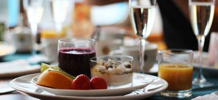 Lyxfrukost ombord, bild från TallinkSilja