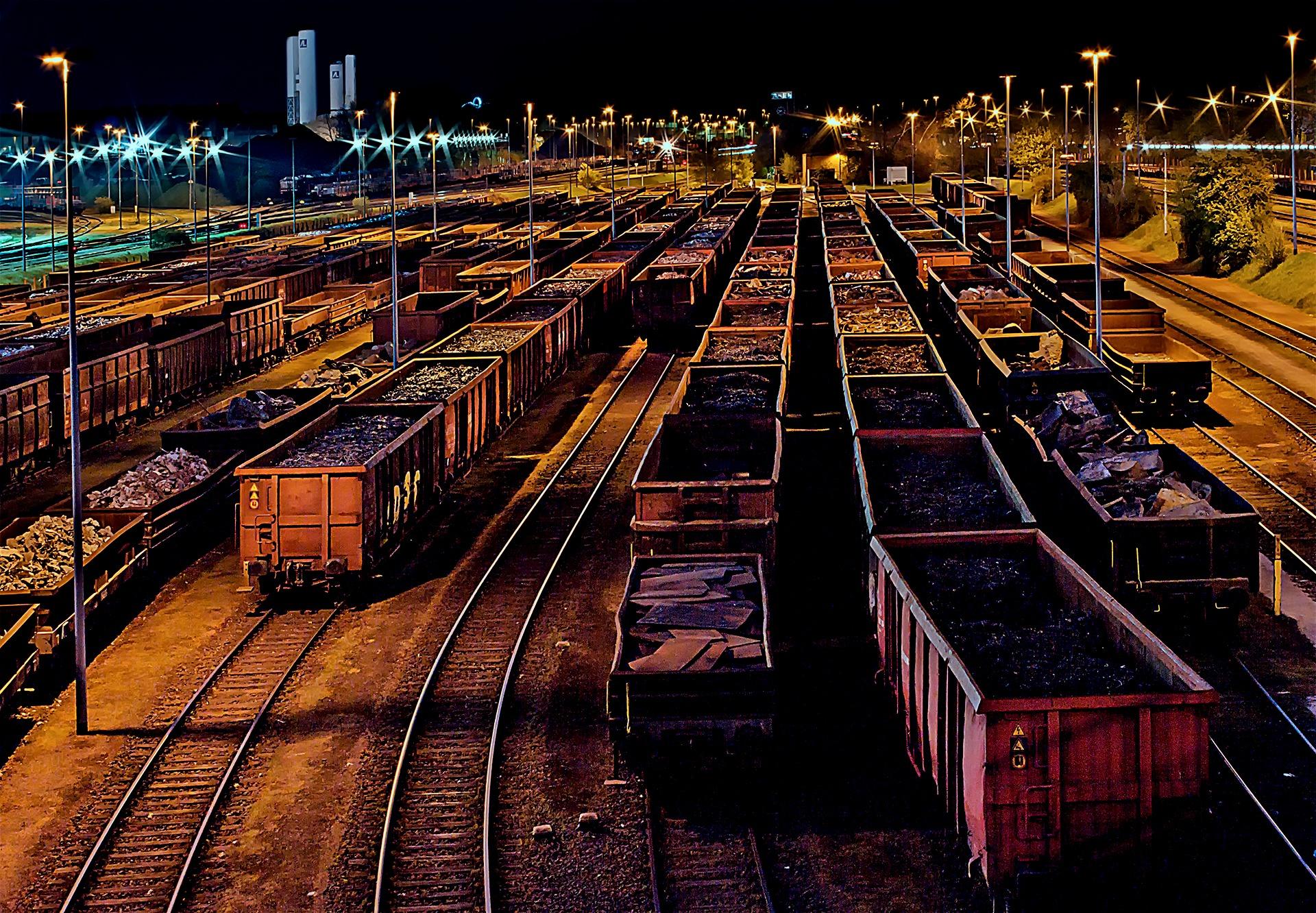goods-station-337142.jpg