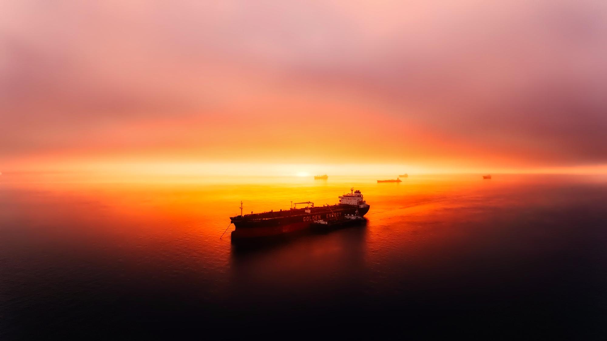 sunset-2372384.jpg