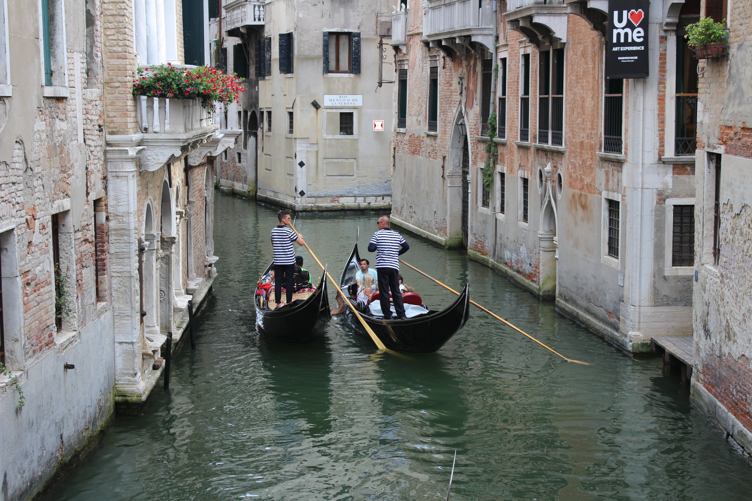 Gondolas on tour