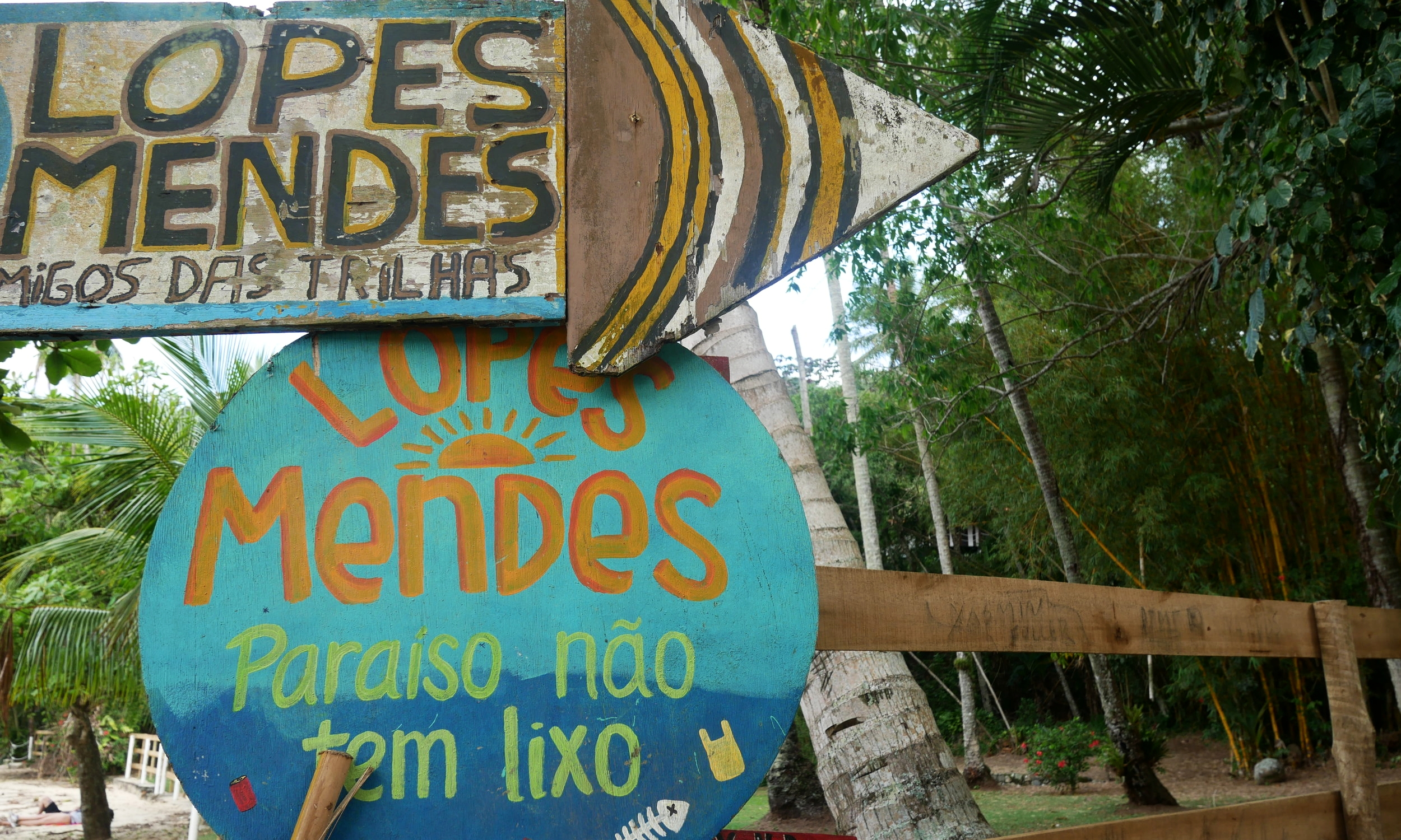 A sign directing us to Lopes Mendes. Only 20 more minutes of hiking to go!