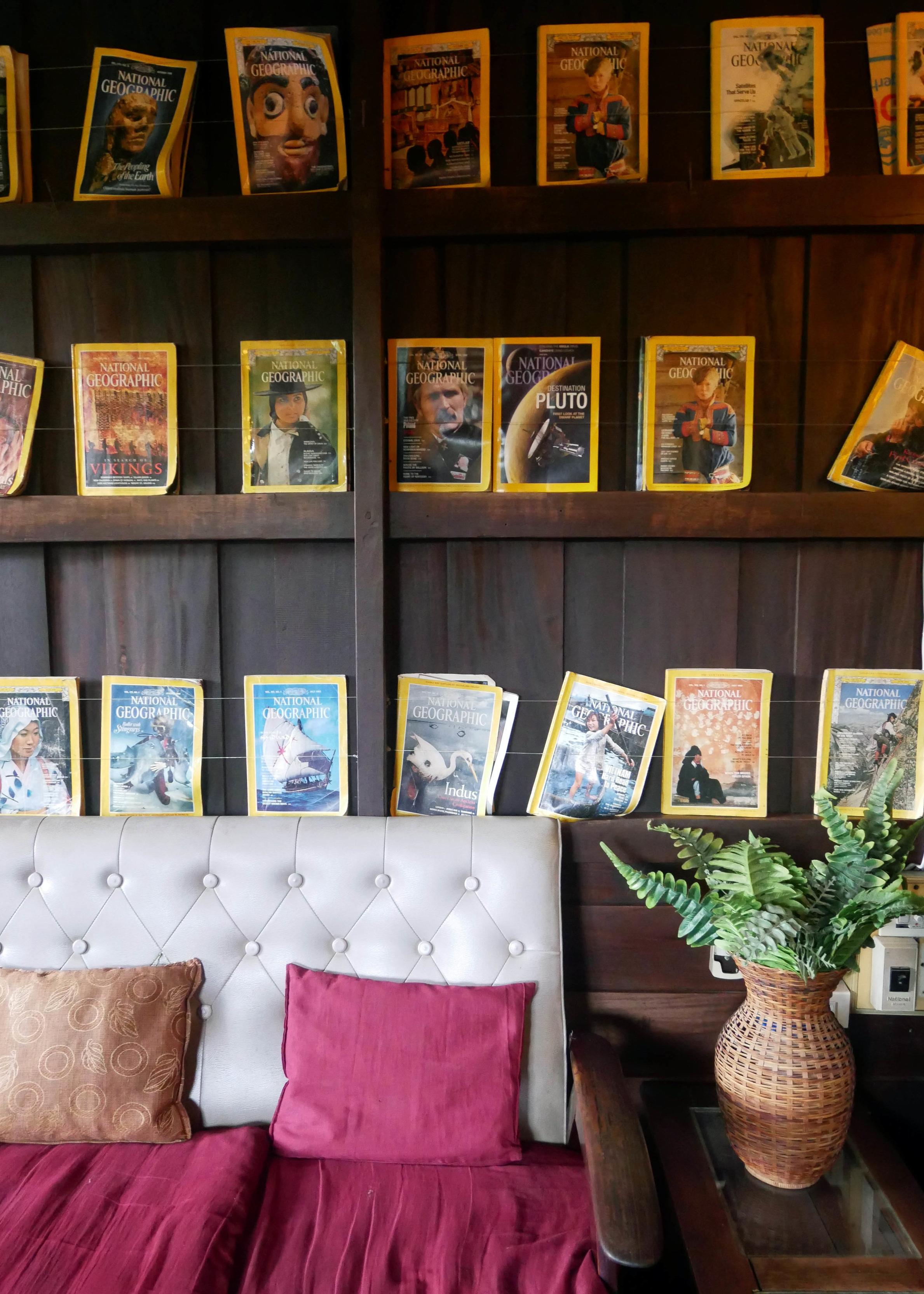 L'Etranger Books and Tea