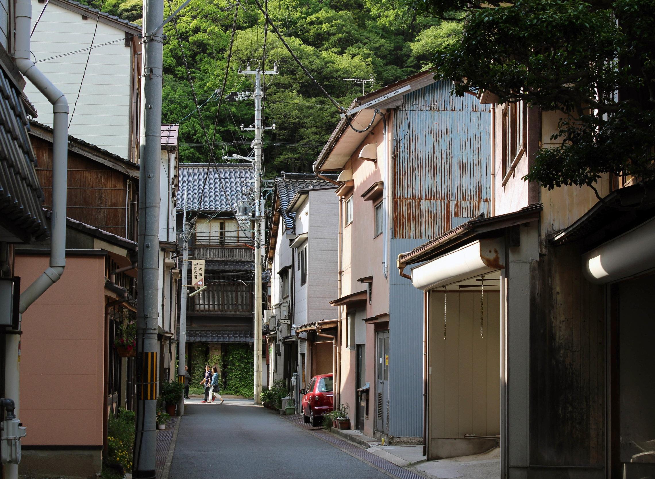 Kinosaki's small side streets