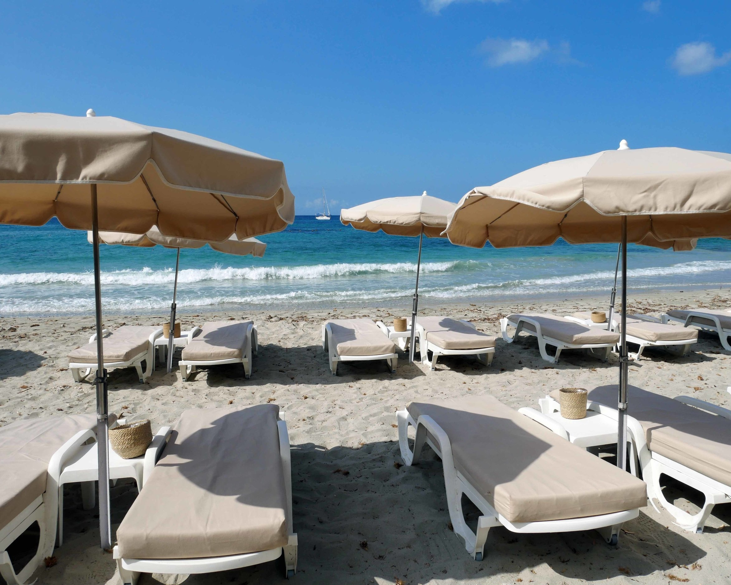 The beach bed I lived in for the day at L'Adriadne Plage