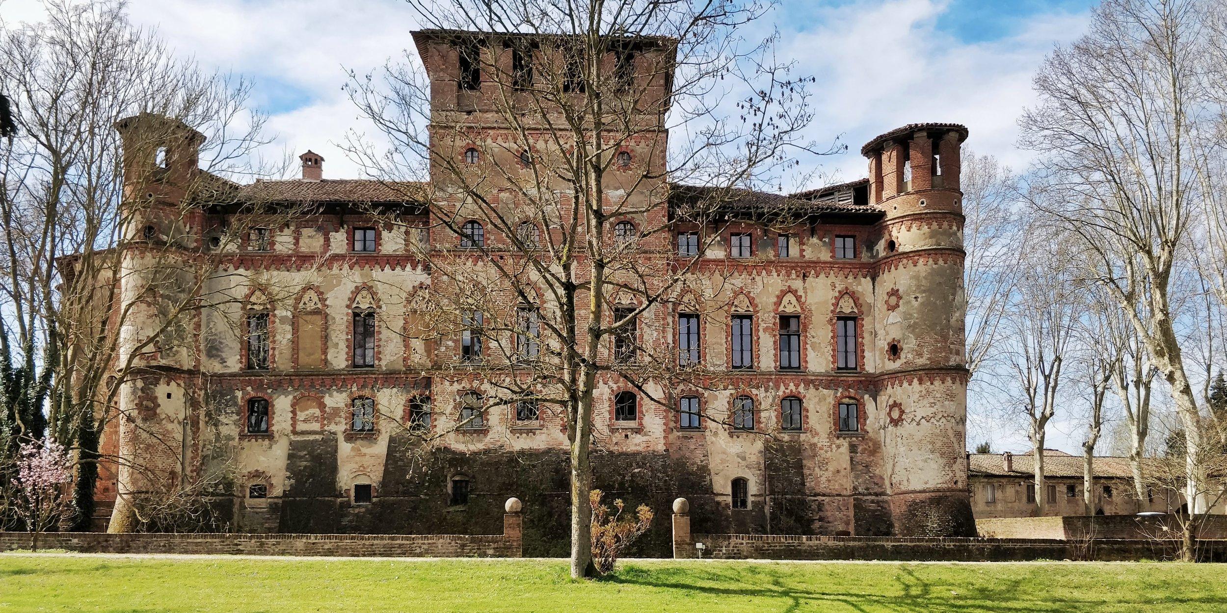 Castello di Piovera - Alessandria, Piemonte, Italia
