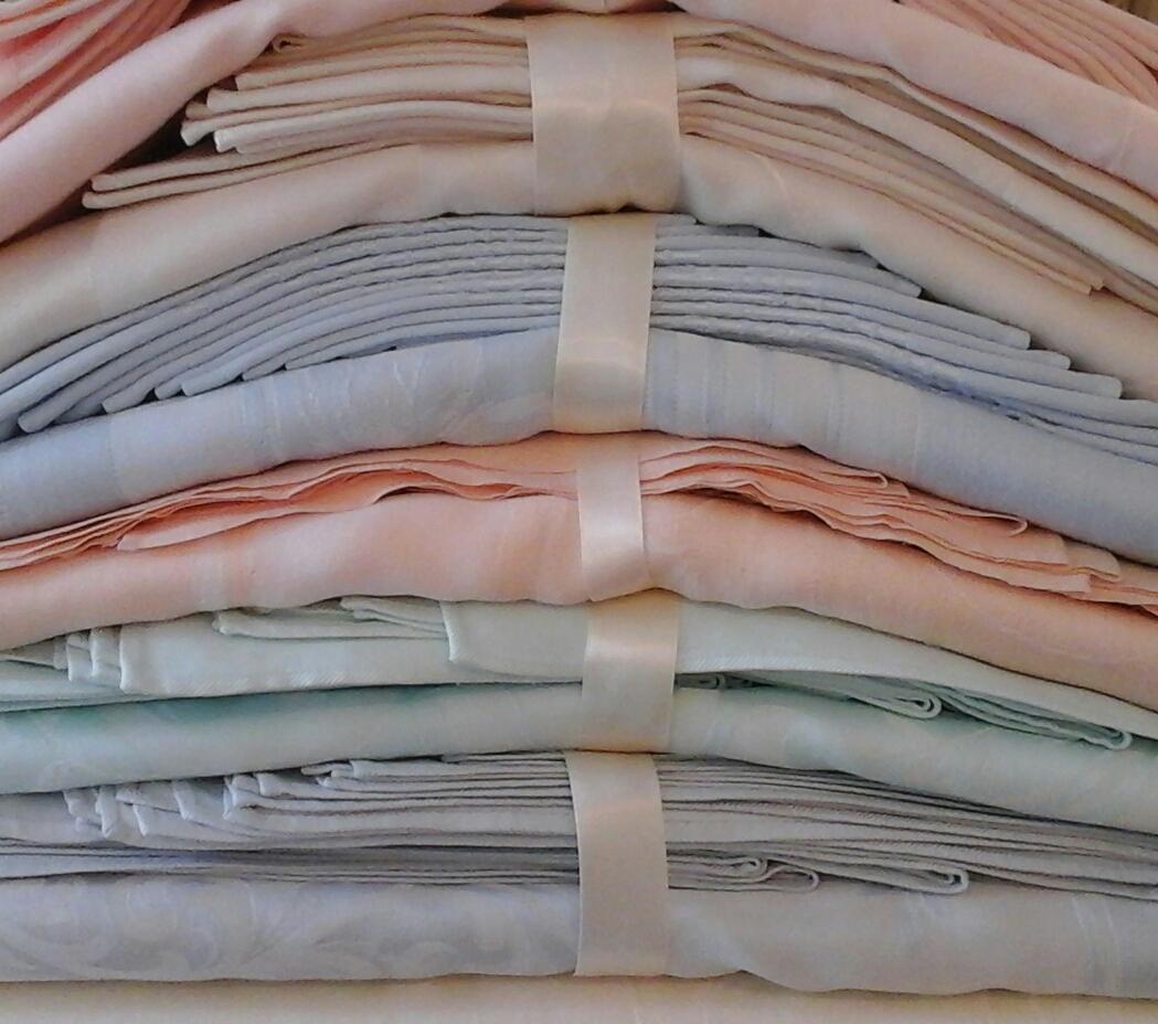 linens-on-shelves-3.jpg