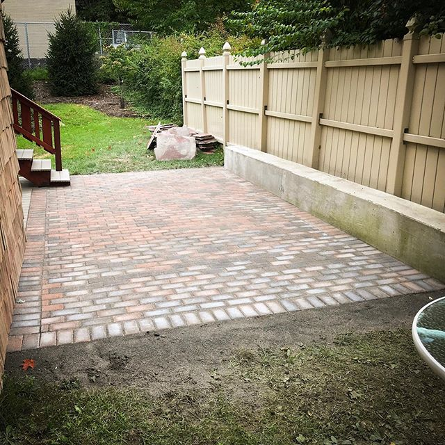 My client wanted a simple solution for warm weather BBQs, so we installed this classic paver patio in under 2 days. #hardscaping #landscaping #patio