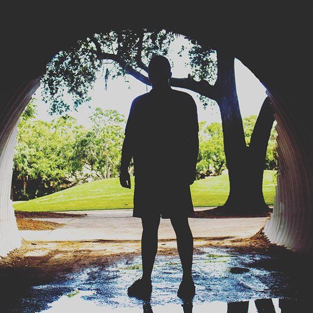 Throwin' shade • • 📸: @stokesphotograph