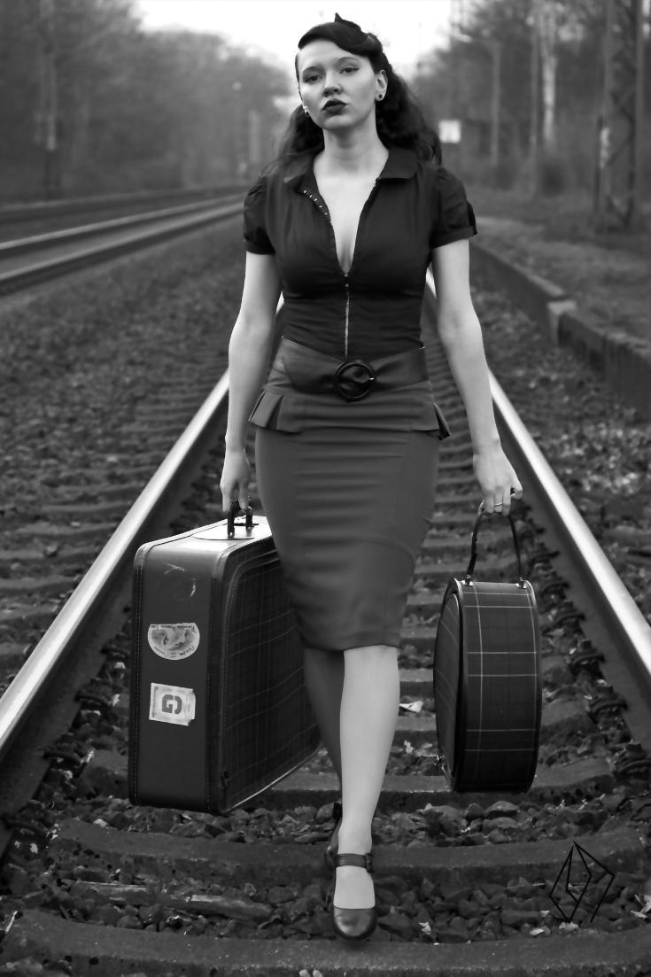 travelling woman.jpg